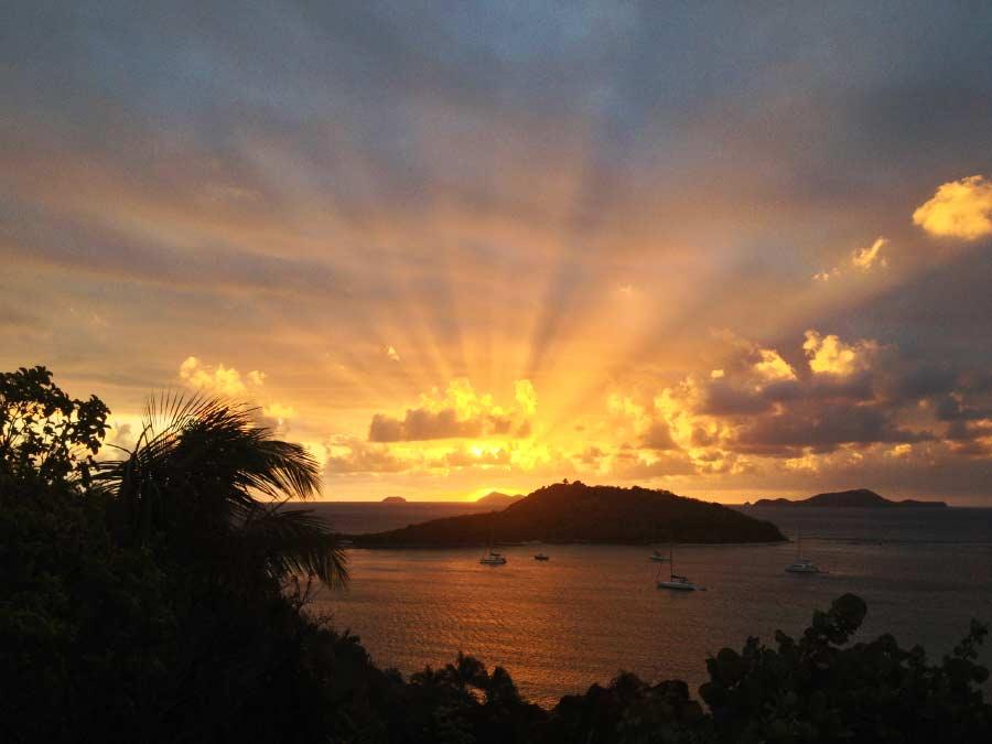 intimate_sunset_encounters-web